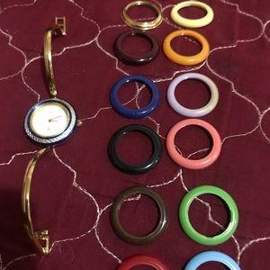 GUCCI Interchangeable Bracelet Watch Model 1100